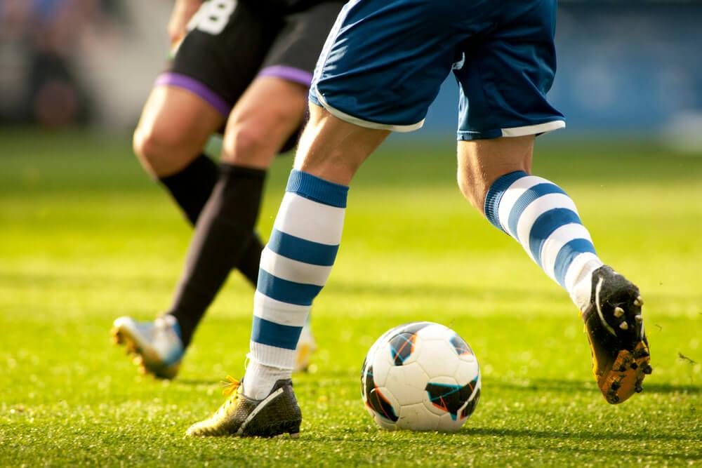 Quer jogar futebol ainda melhor  Confira essas 10 dicas d24ff33ca1c26