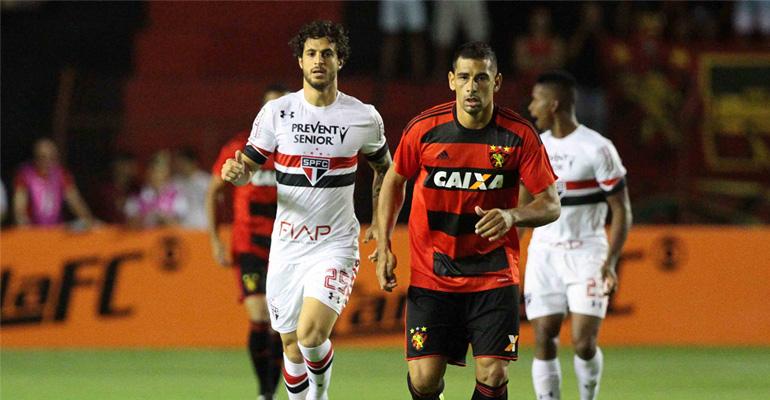 São Paulo bate o Sport e deixa a zona de rebaixamento após 8 rodadas