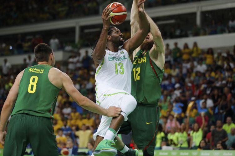 Basquete no Brasil: conheça os maiores marcos do esporte no país