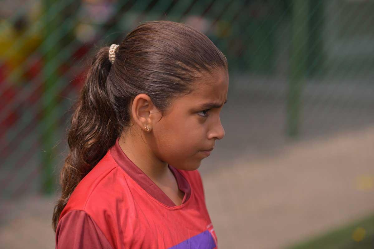Lari Gol e o futebol feminino