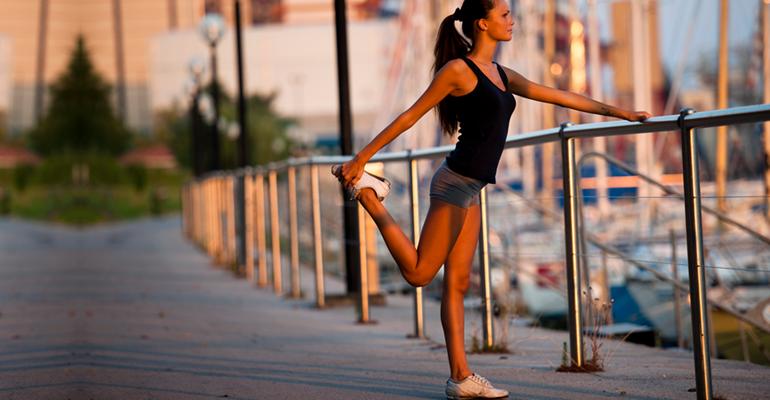 2 razões para caprichar no alongamento antes de atividades físicas