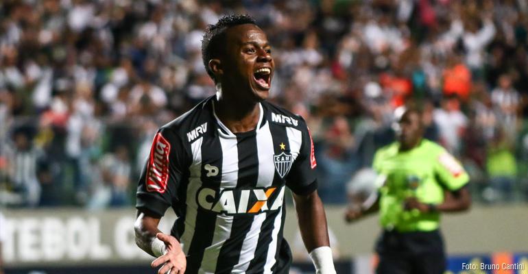 Galo vence o Santos na estreia do Brasileiro