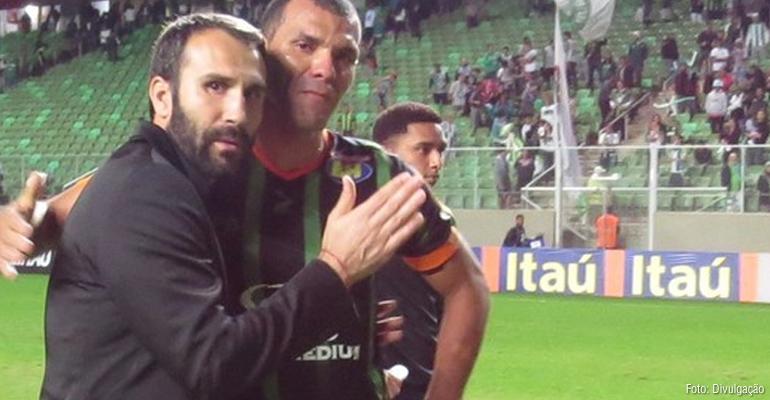 Sérgio Vieira exalta primeira vitória do América-MG