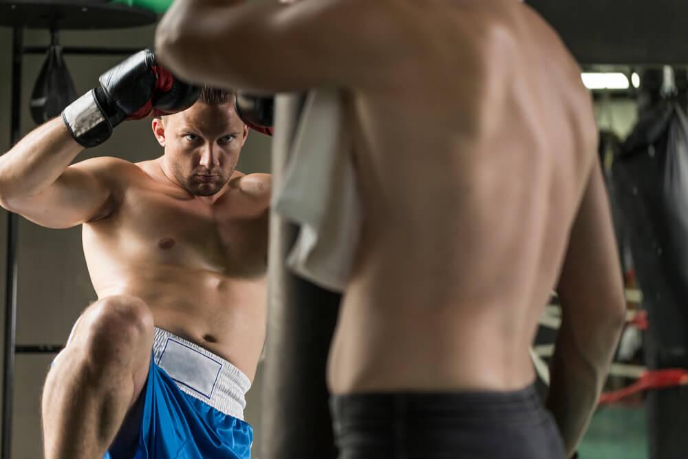 Qual o processo para se tornar um lutador de MMA?